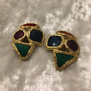 ☘️Vintage Brushed Gold Clip On Earrings☘️